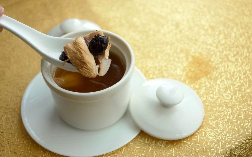 Double-Boiled Chicken with Red Dates and Wolfberry Soup