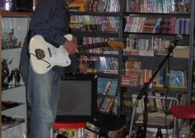 Louis gioca al sound check