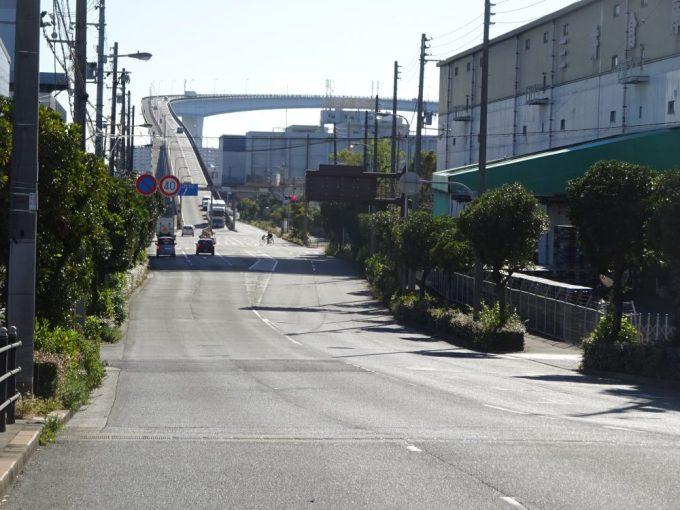 大阪のべた踏み坂なみはや大橋