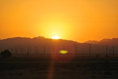 sunrise-71272_640