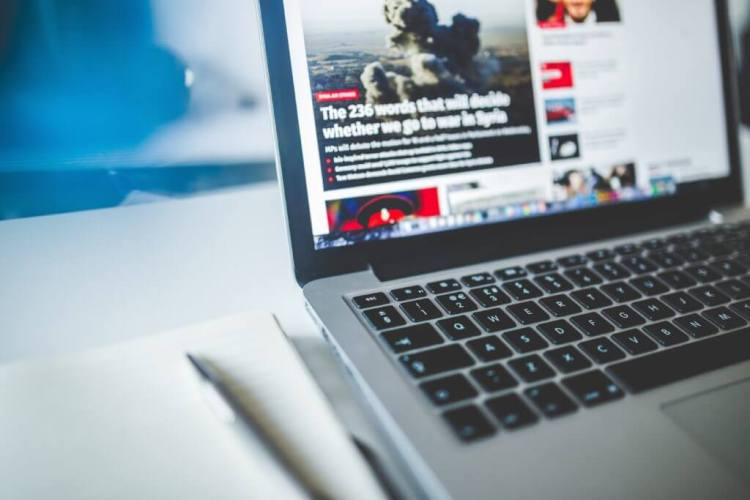 Guadagna online Diventa uno scrittore di notizie online o editorialista freelance