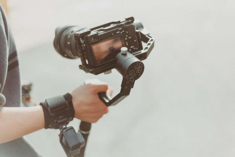 Best Work From Home Jobs Crea contenuti video