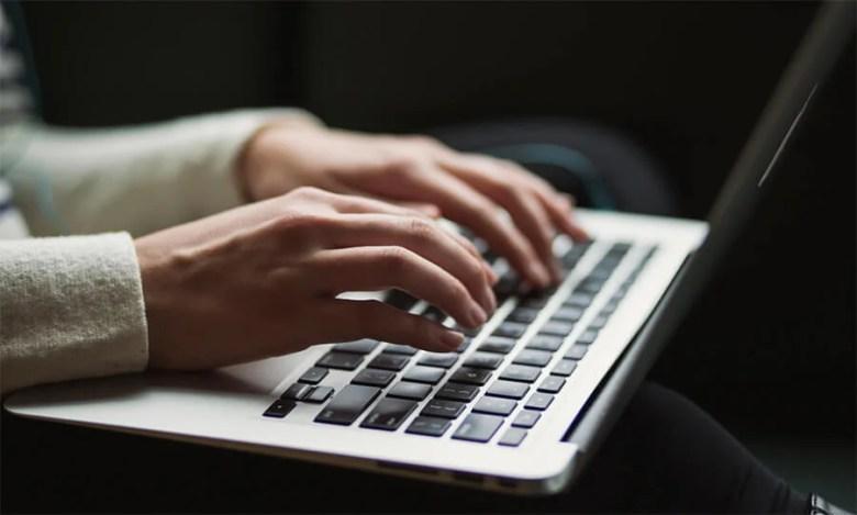 Come delineare un post sul blog e scrivere un titolo intelligente