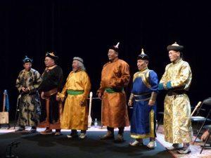 Mongolie_2_maitres_chant_diphonique_077