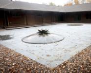 Photo of Chapin Mill courtyard