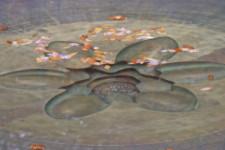 Photo of inlaid lotus sculpture
