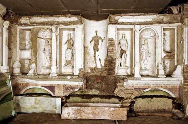 Podziemia Watykanu i grób św. Piotra 7