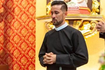Jovem de Solidão Alosman Aguiar faz votos religiosos