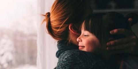 Você sabia que ouvir a voz da mãe ao telefone se assemelha a um abraço?