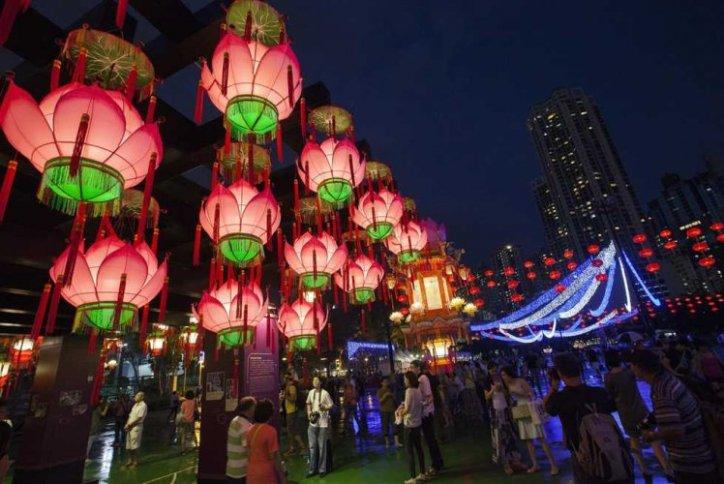 """نتيجة بحث الصور عن مهرجان """" الخريف"""" في هونج كونج"""
