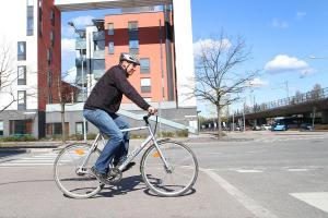Turvallinen on myös taloudellista – syksyn säästövinkit liikenteeseen