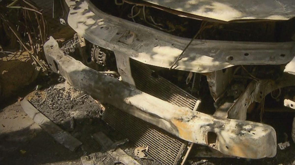 """""""Quemacoches"""" atacaron en Saavedra: prendieron fuego cuatro autos en 24 horas"""