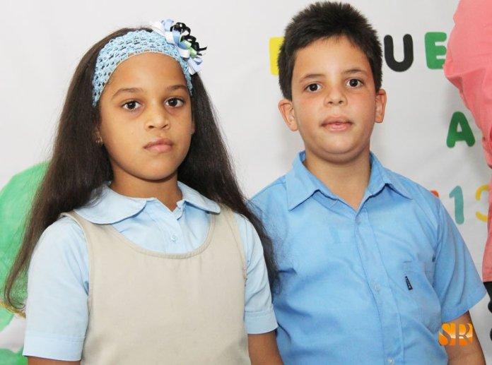 Karime Montoliz y Carlos Marino Almonte - presentadores
