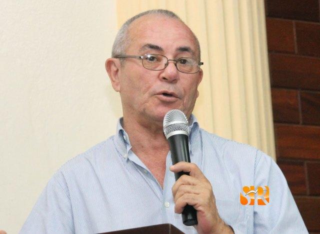 Pedro Carreras Aguilera - Escritor.