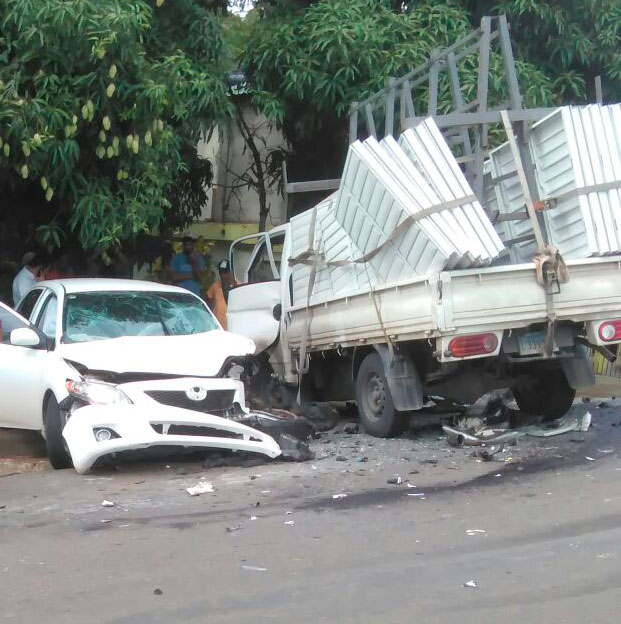 accidente_carro_camion_amacey_2016_2
