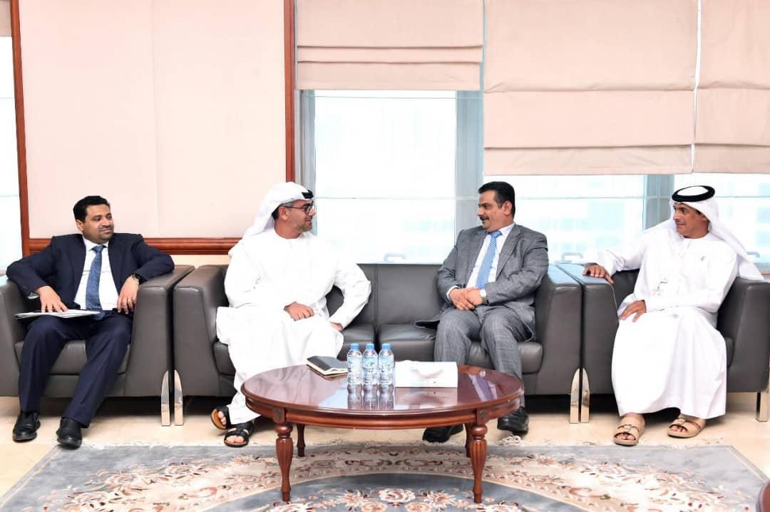 وزير الكهرباء والطاقة يناقش مع مؤسسة ابوظبي للطاقة إمكانية الاستفادة من توليد وتوزيع الكهرباء في اليمن