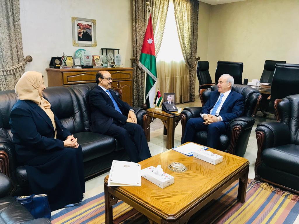 بحث التعاون التعليمي بين اليمن والأردن