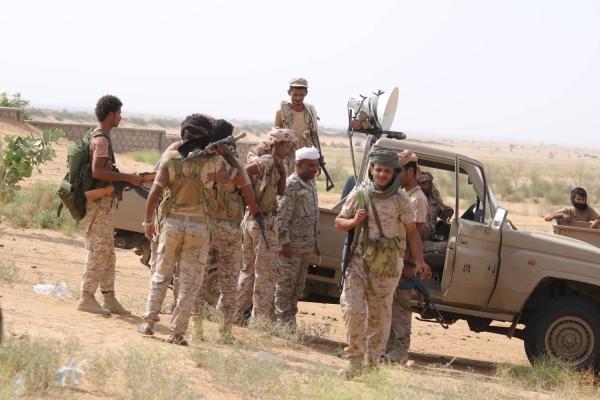 Photo of الجيش الوطني يسقط طائرة بدون طيار وينفذ هجوما على الميليشيا بمديرية حرض
