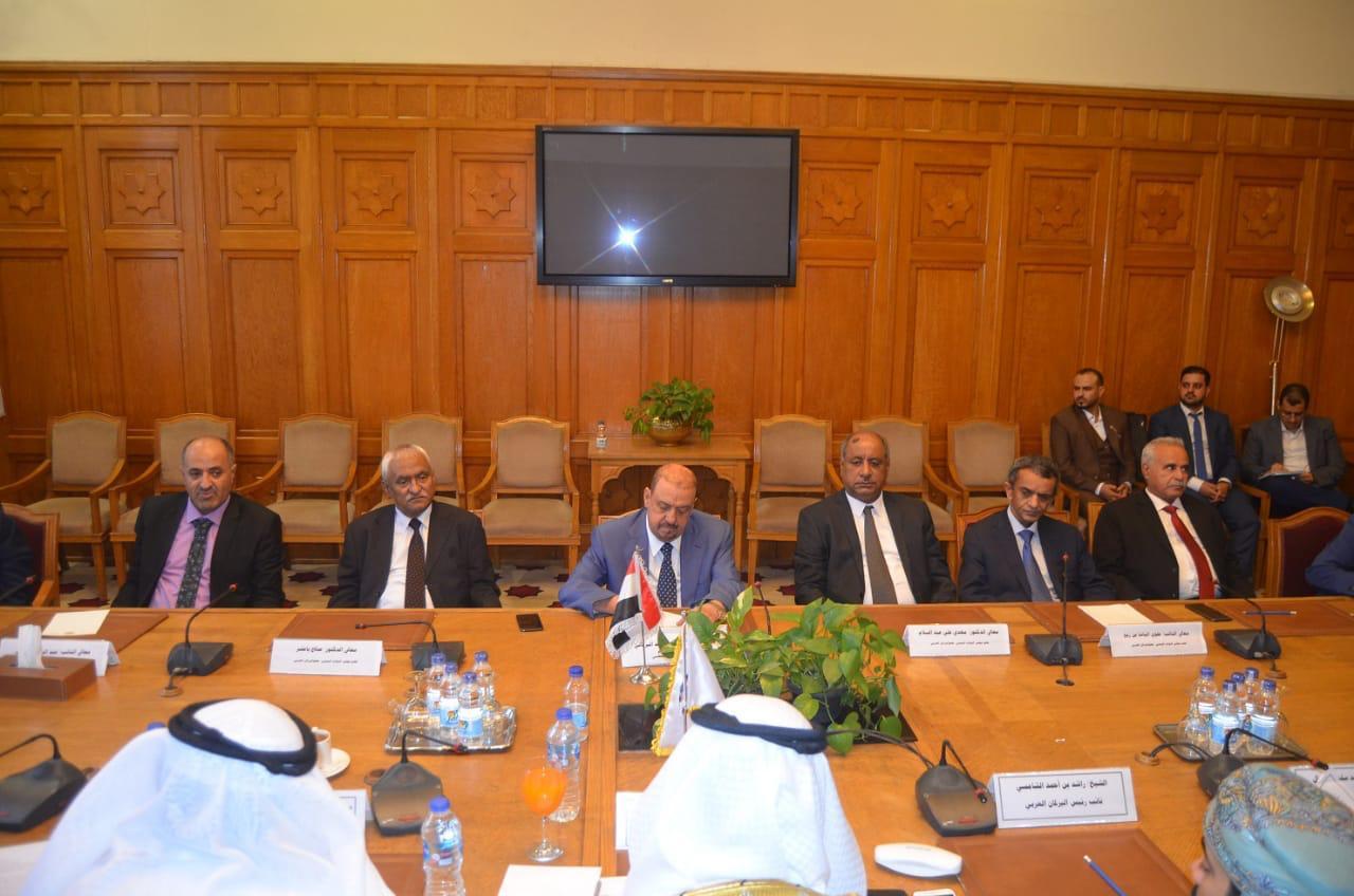رئيس مجلس النواب يناقش مع رئيس البرلمان العربي مجالات العمل العربي المشترك