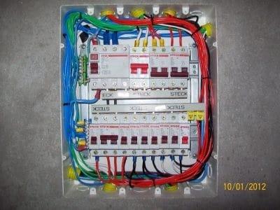 Quadro Elétrico montado com Disjuntores Din