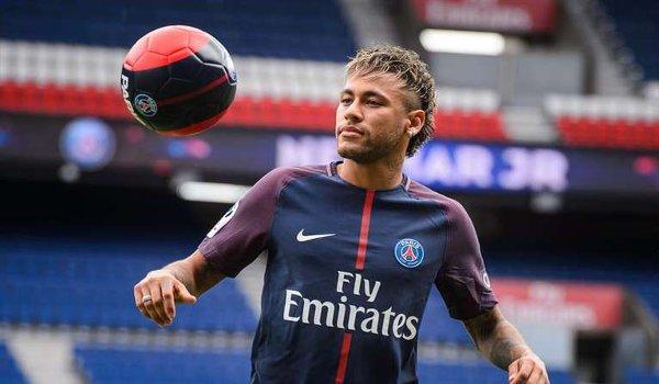 No quarrel with Neymar: Kawani
