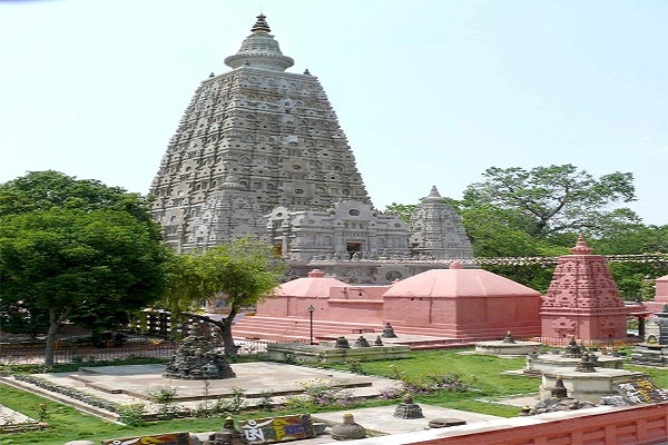 Bihar: Explosives recovered near Mahabodhi Temple complex Bihar: Explosives recovered near Mahabodhi Temple complex