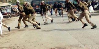 Police lathicharge right wing protesters in Bundi town