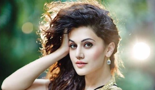 Likes balancing between serious and light-hearted roles: Taapsee Pannu