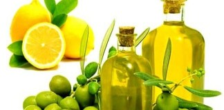 Make the skin shiny by using lemon and olive oil