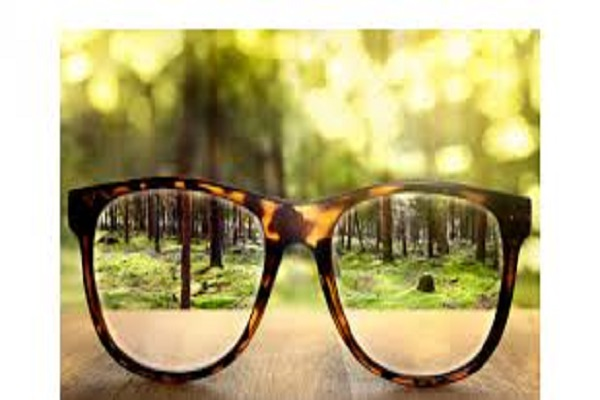 What is double vision, know why, symptoms and treatment