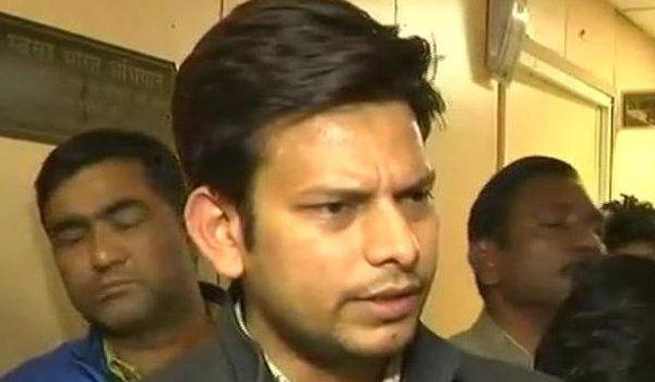Delhi chief secy assault case : Bail plea of AAP MLAs Prakash Jarwal rejected