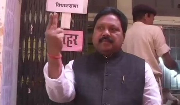 BJP candidate for Araria by-polls Pradeep Singh casts his vote