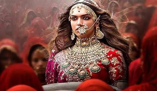 Deepika Padukone wants to keep her Jauhar outfit from Padmaavat as a token of love