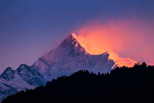 Kanchenjunga Hill