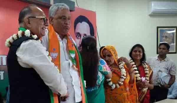 MLA kirori lal meena joins bjp