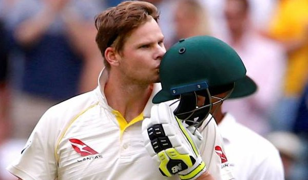 Calls for Steve Smith to give up captaincy as Cricket Australia launches ball tampering probe