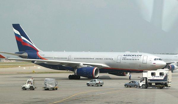 UK searches Aeroflot plane at Heathrow, accuses Russia