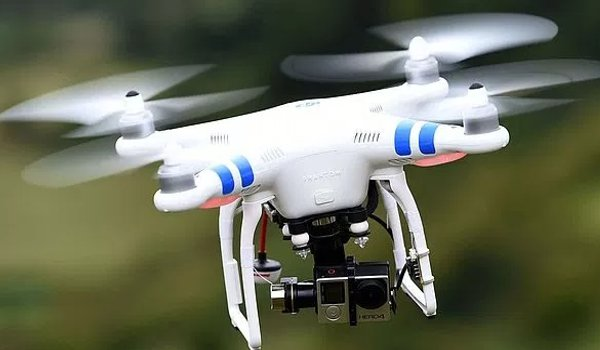 china busts smugglers using drones to transport Smartphone