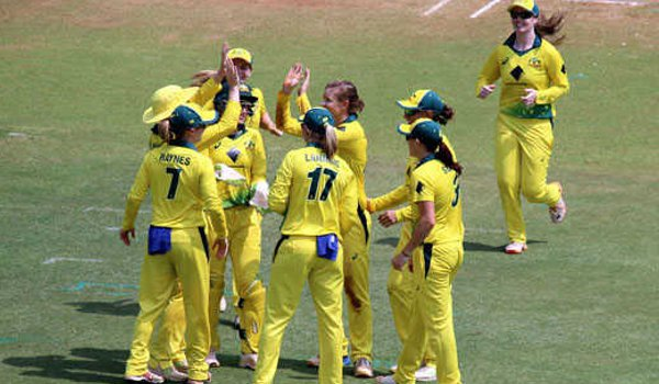 Australia women thrash England by eight wickets in T20 tri series