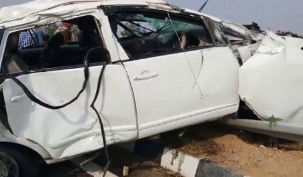 Three people killed in massive road accident Kannauj
