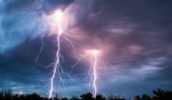 Lightning strikes kill 8 in Bangladesh