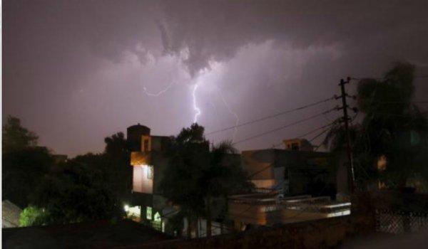 17 killed as thunderstorm across bihar
