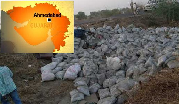 gujarat : 19 people killed, 6 injured as cement laden Truck overturns in Ahmedabad