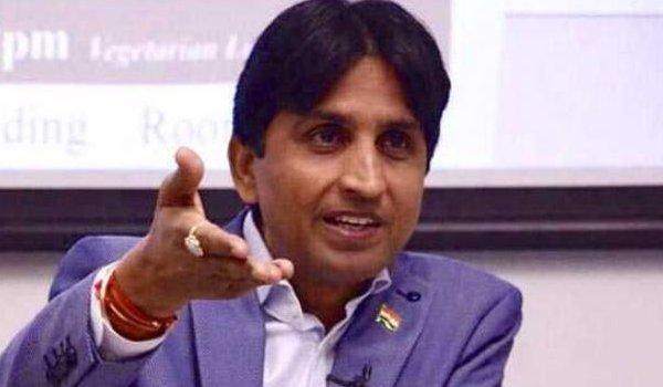 Kumar Vishwas satire on arvind kejriwal