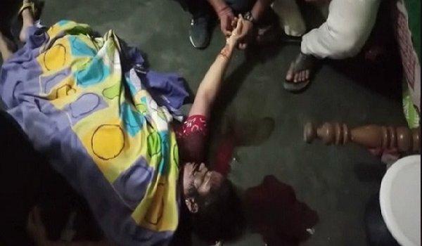 samajwadi party leader shot kills wife in Kannauj