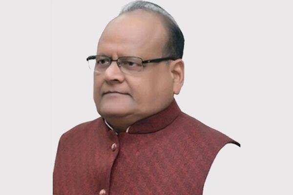 राजस्थान में चिकित्सक सरकारी नौकरी नहीं करना चाहते : कालीचरण सर्राफ