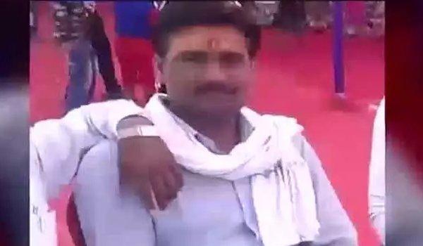 RSS worker sandeep sharma shot dead in Firozabad