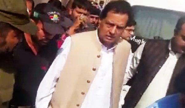 Capt Muhammad Safdar Arrested over corruption charges