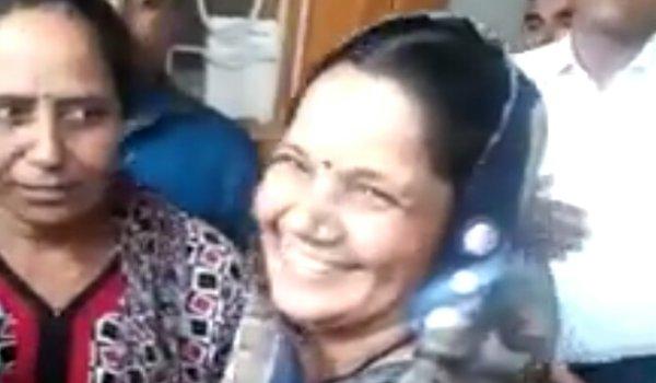 beawar local body head babita chauhan caught taking bribe