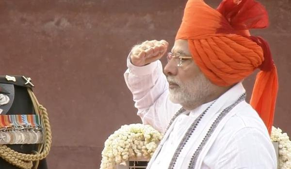 Prime Minister Narendra Modi sports a saffron turban on india's 72nd independence day